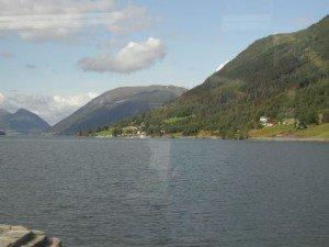 2014 Norwegen 8 Landschaft am Fjord3